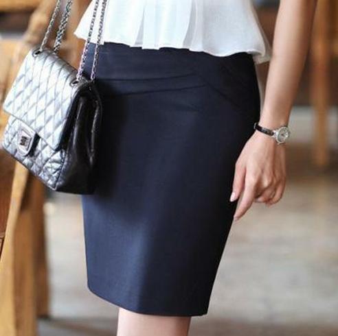 【全新】Queen shop上班族通勤女裝素色黑短裙