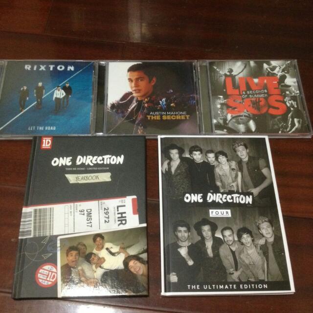 Rixton $280 Austin Mahone $280 Live 5SOS  $260 One Direction - Take Me Home $310 One Direction - Four $350(附立牌