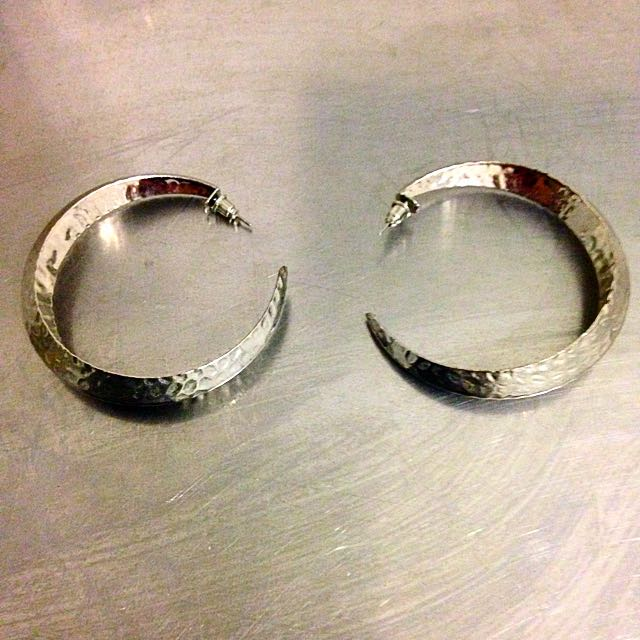 Silver Hammered Hoop Earring
