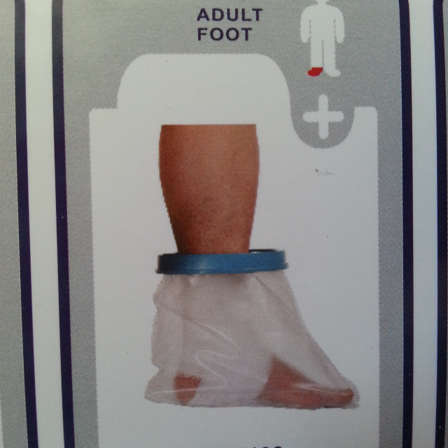 Waterproof cast/bandage protector
