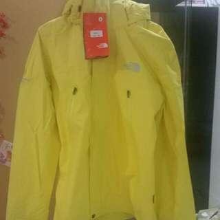 Northface Raincoat Jacket (Men)