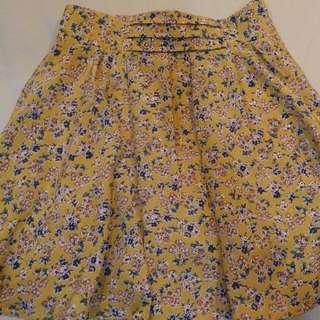 日本 MAJESTIC LEGON MJ 黃色小碎花 內裡緞面 褲裙