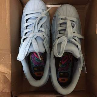 (降價)Adidas Superstar Supercolor 淡藍色球鞋