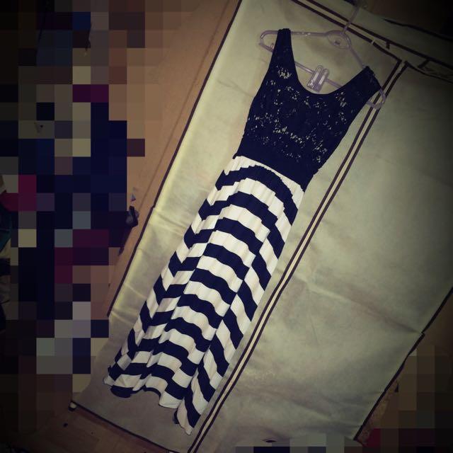 蕾絲簍空長裙❤️