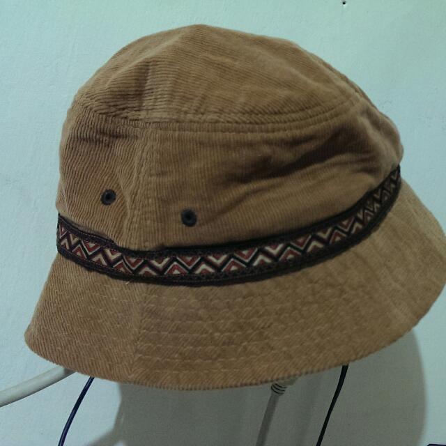 圖騰造型帽