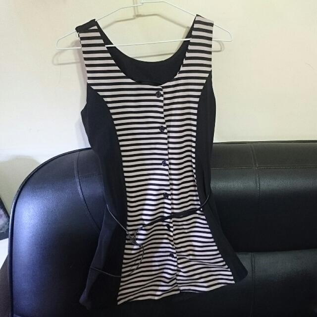 (全新無拆牌)韓版顯瘦小洋裝