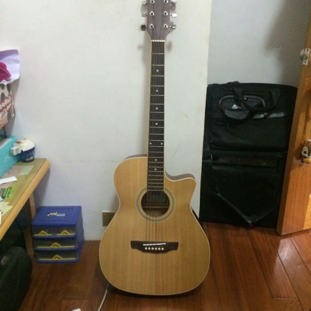 新手木吉他 九成新 阿通伯