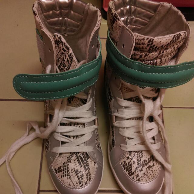 韓製 綁帶蛇紋內增高球鞋 九成新