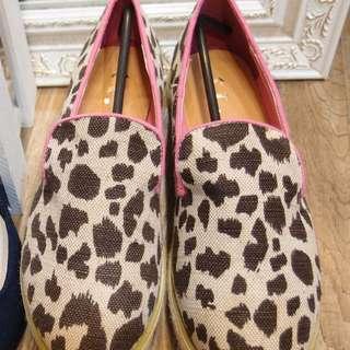 豹紋鬆糕鞋