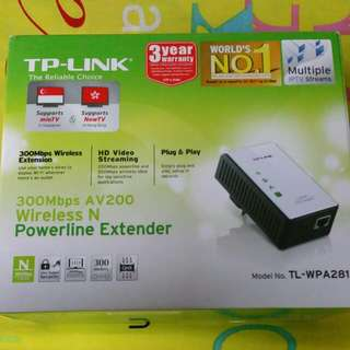 TP-LINK 300Mbps AV200 Wireless N Powerline Extender