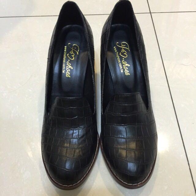 顯瘦質感黑中高跟鞋