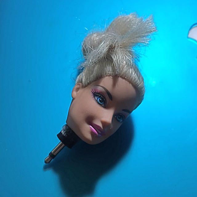 芭比娃娃 包頭 造型耳機塞 手工 值得收藏 只有一個