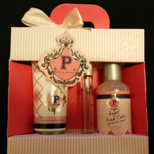 Pink Academy Gift Set (3pc w/gift tag)