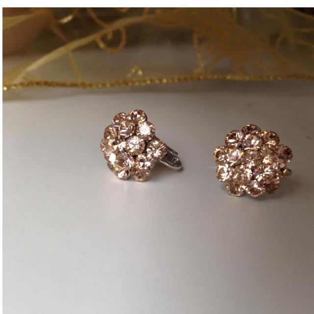 立體圓形粉紅Swarovski施華洛世奇鑲鑽耳環(夾式)
