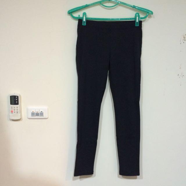 UNIQLO彈性內搭褲(ᴹ號)