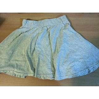 淺灰短褲裙