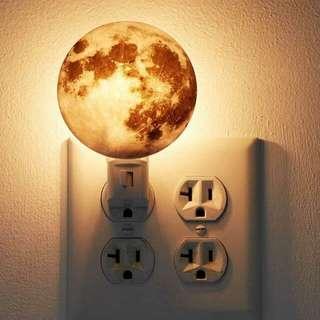 月亮黃光小夜燈 現貨1