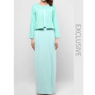 PRICE LOWERED Ain Set In Mint Green