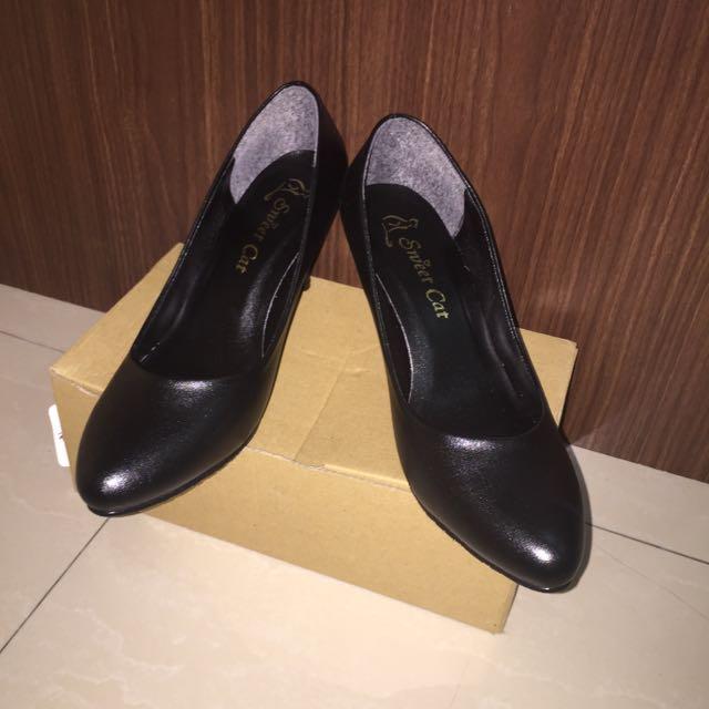 黑皮高跟鞋👠(含運!)
