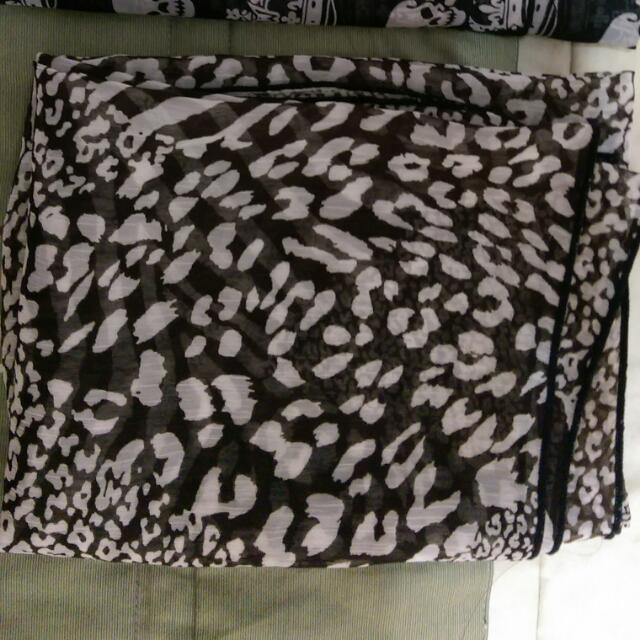 (免運)豹紋絲巾