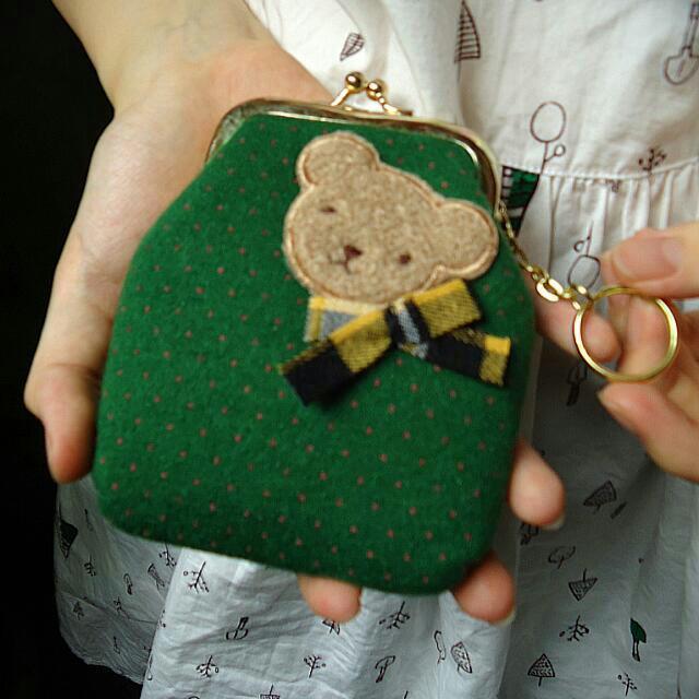 (全新)(藍/綠)點點蝴蝶結小熊零錢小物口金包