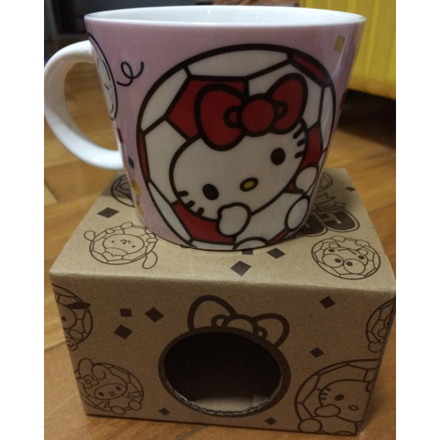 全新 hello kitty 足球系列 馬克杯