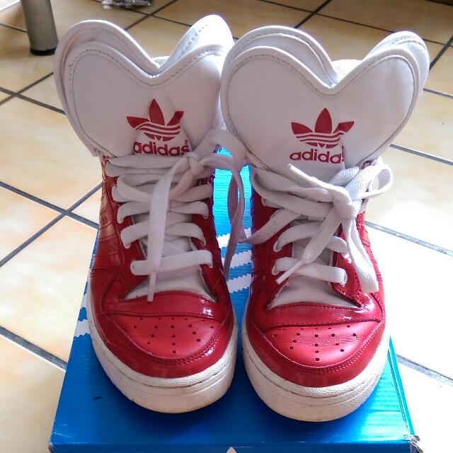 adidas 大鞋舌中高筒休閒鞋
