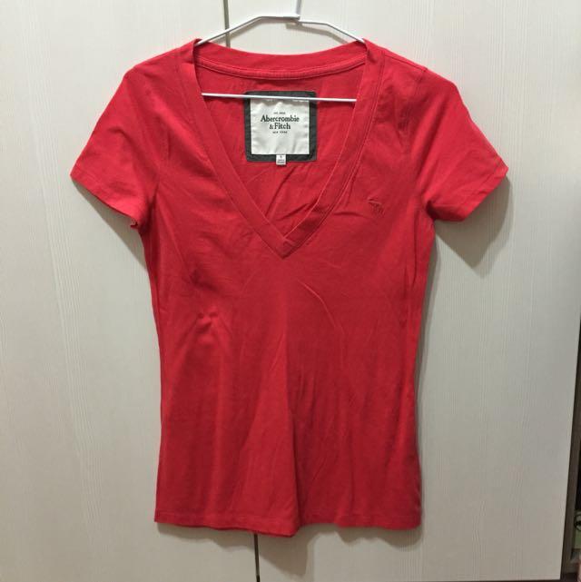 🎉特價 [A&F Abercrombie & Fitch 美國麋鹿] 真品 美國帶回 紅色大V領素色短袖T恤