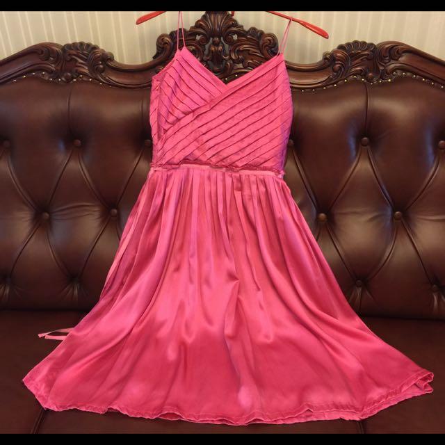 iRoo蠶絲緞面洋裝