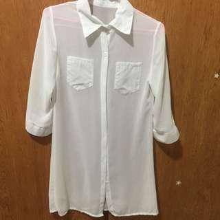 全新僅試穿!白色透膚長板襯衫