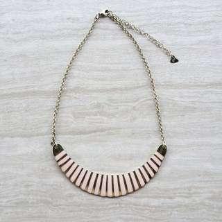 Diva Collar Necklace