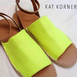 Lobna Sandal In Neon And Brown