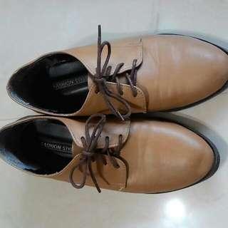 牛津鞋(7成新)