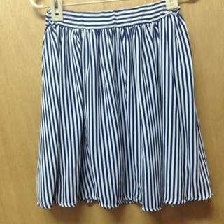 直條紋短裙