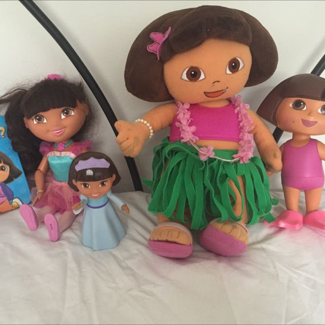 4 Preloved Dora Dolls