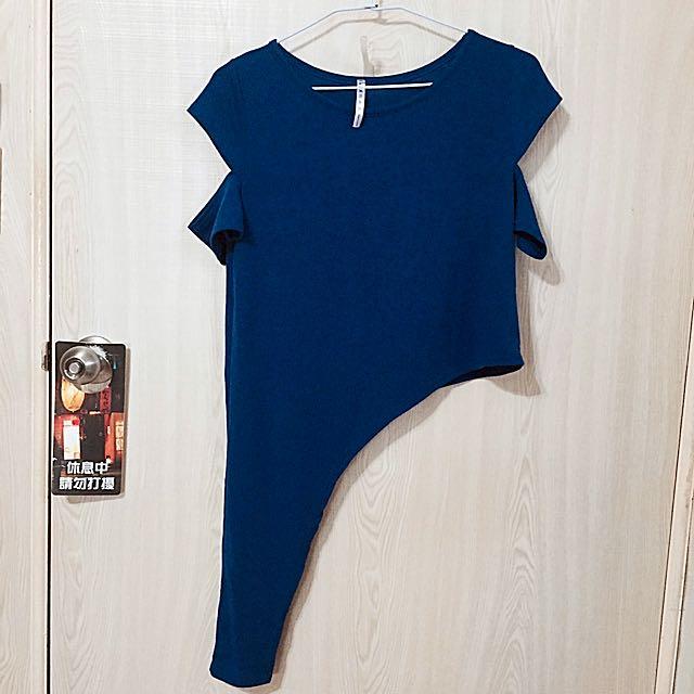 正韓下擺不規則袖子切割寶藍上衣