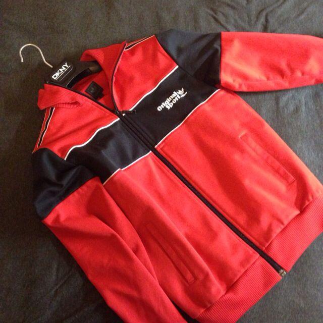 Adidas 紅色外套