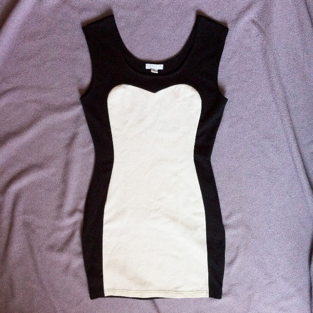 Bodyfit/Bodycon Dress by Cotton On in Size S