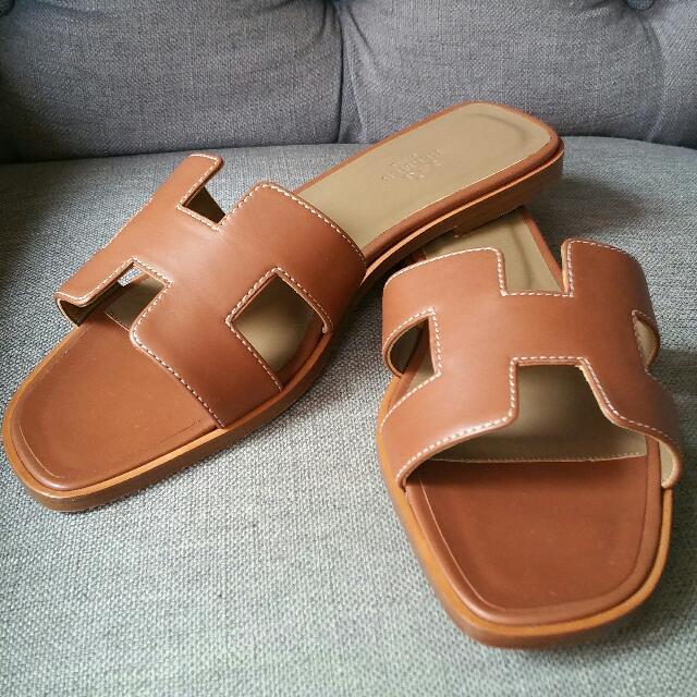 ef4557d97d18 Brand New Hermes Gold Oran Sandals Size 39