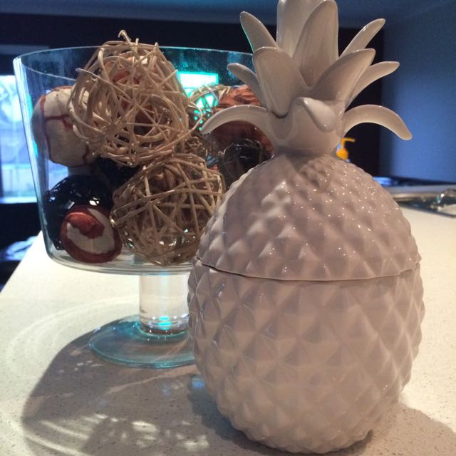 Ceramic Cream Pineapple Coconut Lime Soy Candle