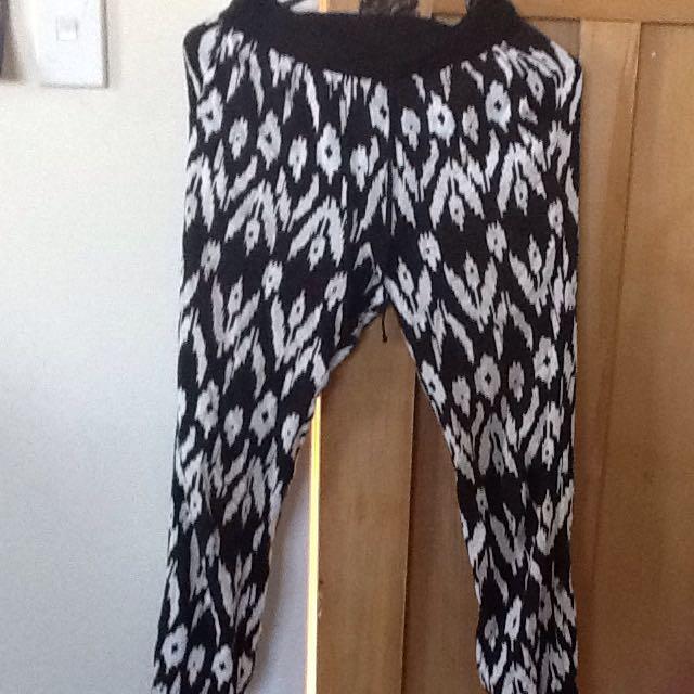 Girls Black And White Pants