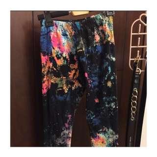 Color Burst Leggings (颜色突发打底裤)