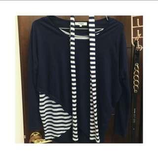 Navy Blue and White Stripes Light sleeve shirt & Scarf (海军蓝色和白色条纹轻袖上衣和围巾)