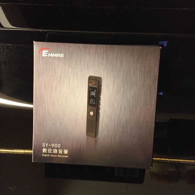 錄音筆只使用一次-隨意賣$1100(待匯款)