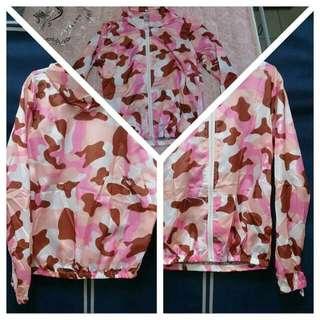 (保留中)粉紅迷彩防曬外套