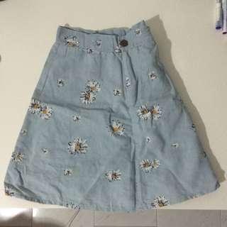 denim daisy skirt w/ suspenders