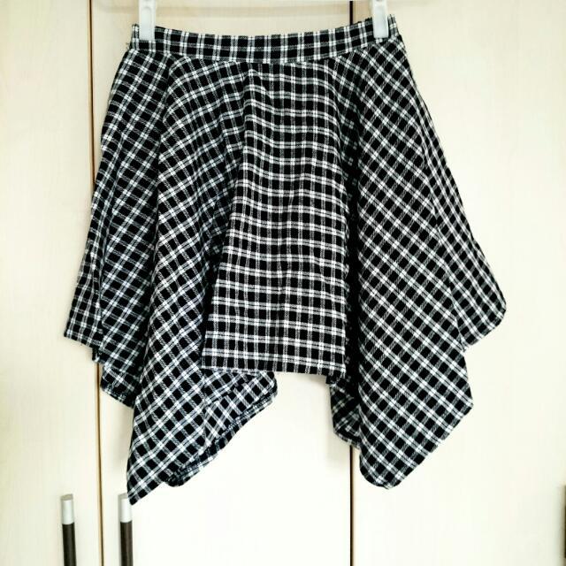 不規則黑白格紋短裙