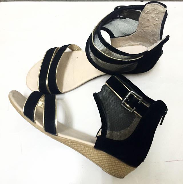 黑色麂皮羅馬鞋/涼鞋