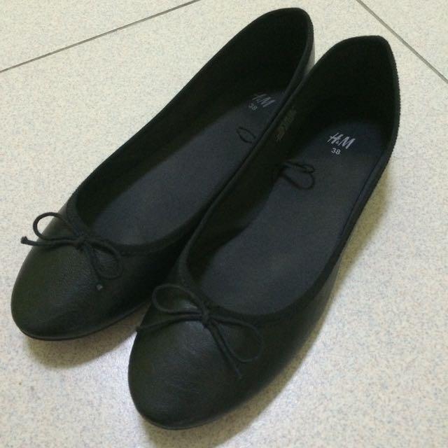 (預訂)[H&M]黑色平底娃娃鞋