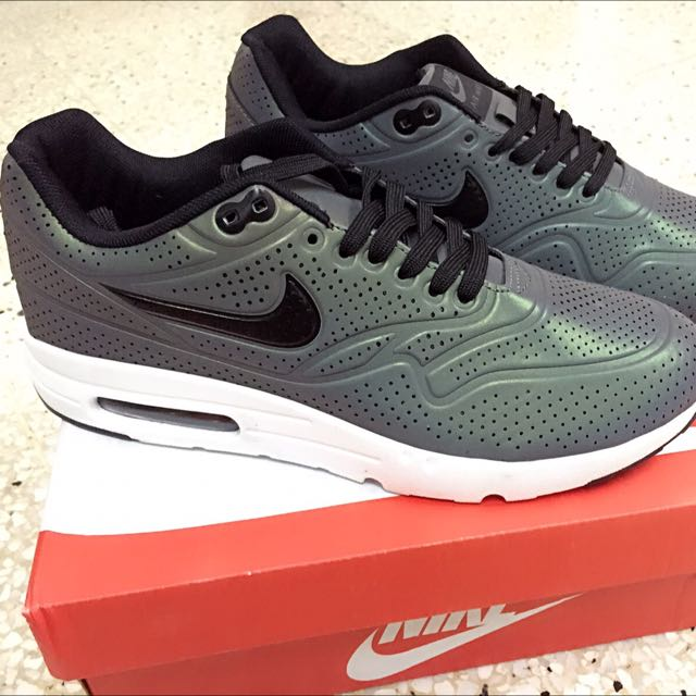 online store 20ecd 8d065 Nike Air Max 1 Ultra Moire QS 3M, Men s Fashion on Carousell